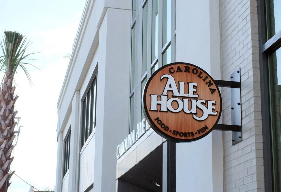 Carolina Ale House - Charleston, SC - Advance Signs & Service
