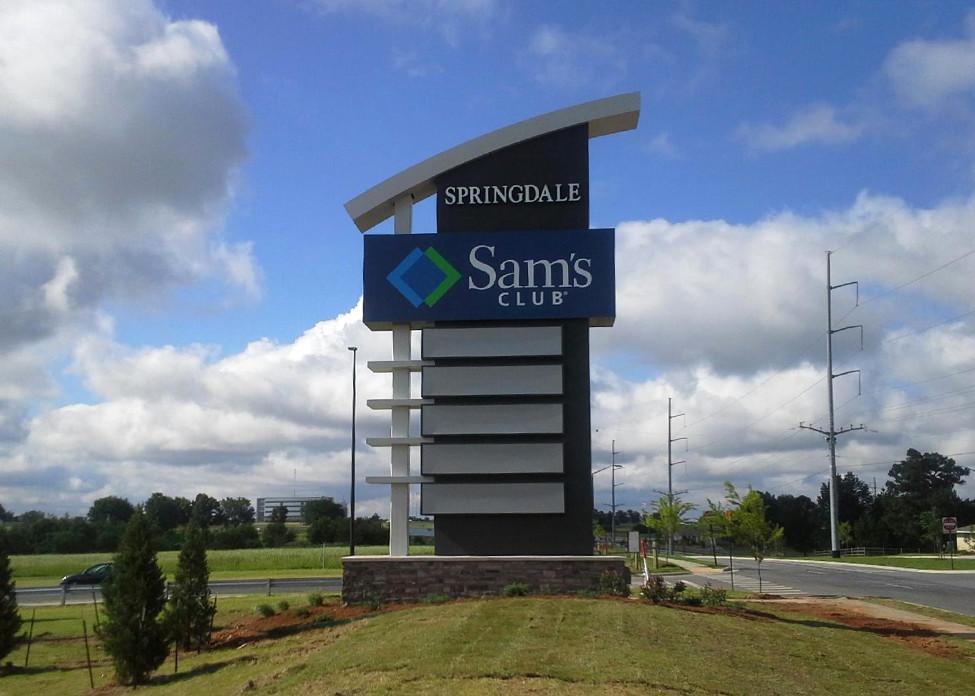 Springdale Center – Springdale, AR - Advance Signs & Service